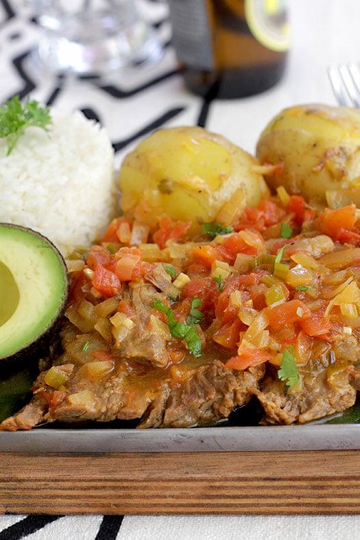 Sobrebarriga en Salsa Criolla   www.antojando.staging.wpengine.com