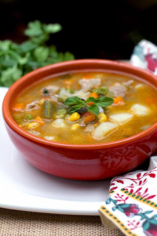 Sopa de la Huerta www.antojandoando.com